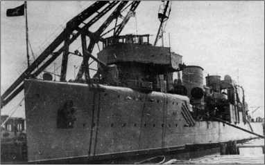 «Валериан Куйбышев» во время ремонта.