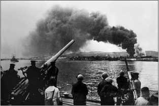 Эсминец «Железняков» у Новороссийска, 16 сентября 1943г.