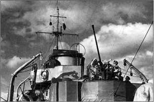 Зенитчики эсминца «Грозный».