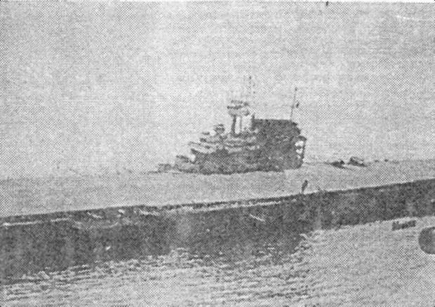 14:45, 4 нюня 1942г. После попадания двух торпед экипаж покинул «Yorktown»