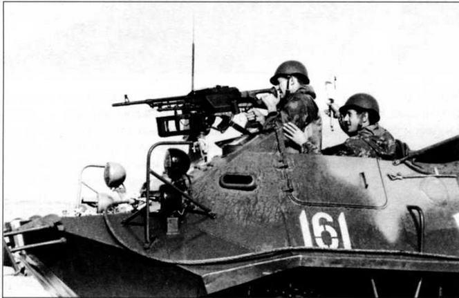 На этом БТР-60П установлен 7,62-мм пулемет ПКБ. 1971 год