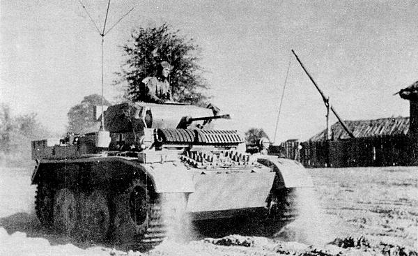 Легкий танк Pz.II Ausf.L из состава 4-го разведывательного батальона 4-й танковой дивизии. Восточный фронт, осень 1943 года.