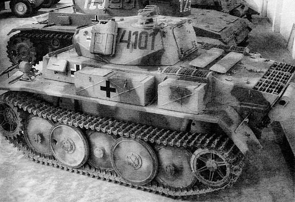 Восстановленный Luchs находится в экспозиции танкового музея в Самюре.