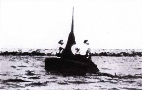 Итальянская подводная лодка «тип СА» в районе Венеции,
