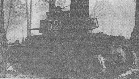 Pz.38(t) Ausf.G из 22-й танковой дивизии. Осень 1942 года. Обращает на себя внимание нештатный ящик для снаряжения на корме башни.