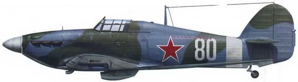 «Харрикейн» Mk ПВ (серийный № не известен), летчик – капитан Василий Адонкин, 78-й ИАП ВВС СФ, аэродром Ваенга, начало 1943.