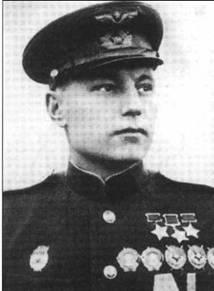 Трижды ГСС А.И. Покрышкин сразу после Дня Победы.