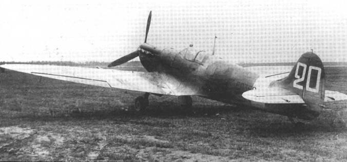 «Спитфайр» Mk VB ЕР356, отправлен в СССР 1 марта 1943 года. К сожалению установить полк, куда он попал невозможно.