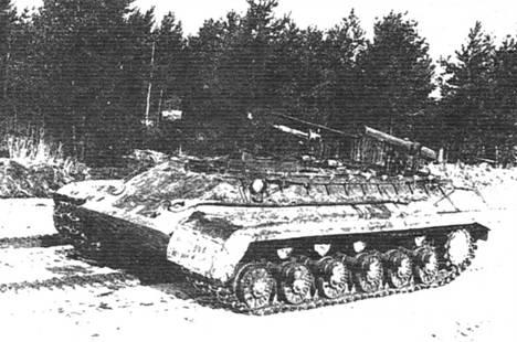 Вверху: Ракетный танк «объект 282» с ПТУР на базе Т-10. 1958 г.