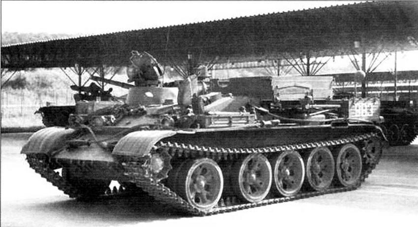 Чехословацкий бронированный тягач VT-55A на базе танка Т-55