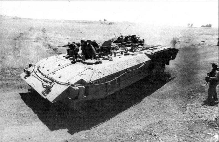 Израильский тяжелый бронетранспортер «Ахзарит» на базе Т-55