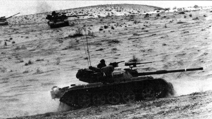 Израильский танк «Тиран»-5 в атаке. Ливан, 1982 год
