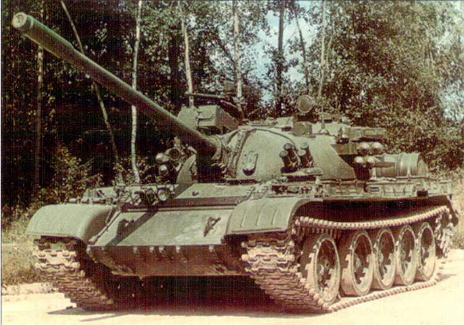 Танк Т-55АД с комплексом активной защиты «Дрозд»