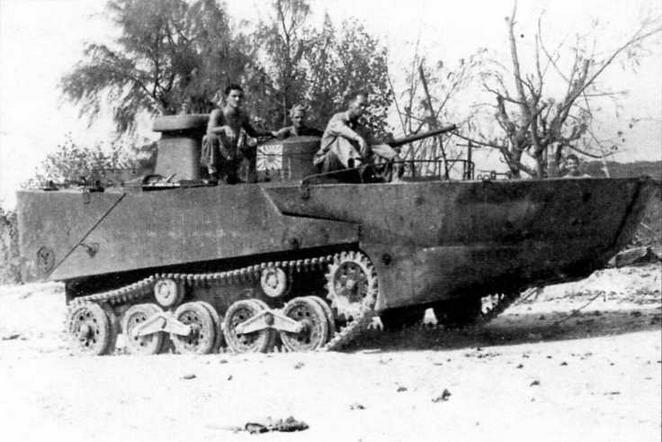 Американские танкисты осваивают трофейный японский танк «Ка-ми»