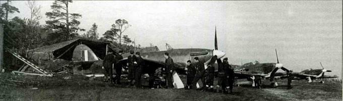 «Харрикейны» 151-го крыла, аэродром Ваенга, сентябрь 1941 года. Машины принадлежат 81-й эскадрилье.