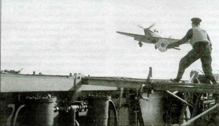 Посадка «Си Харрикейна» на палубу авианосца «Авенджер», 27 июня 1942 года.