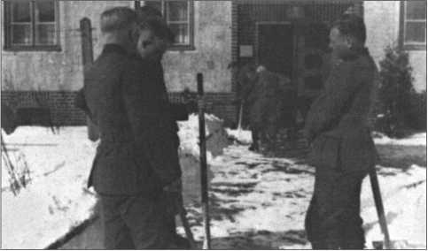 Март 1940 года в Браунсберге: уборка снега п