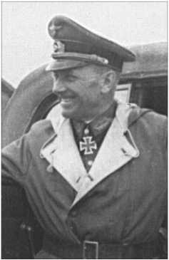 Генерал-лейтенант Отто Шпонхаймер командовал 21-й пехотной дивизией на северном участке Восточного фронта. Там АльфредРуббель воевал на своемТанке IV.