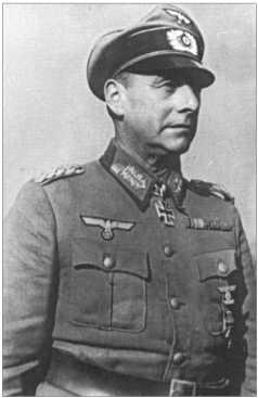 Генерал-майор Вальтер Вессель с января 1942-го по март1943 года командовал12-й танковой дивизией. Еще до этого он был награжден Рыцарским крестом с Дубовыми листьями.