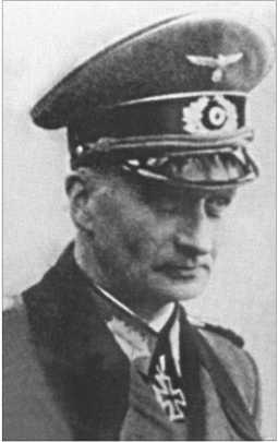 Ему наследовал генерал-лейтенант Хелльмут фон дер Шеваллерие.