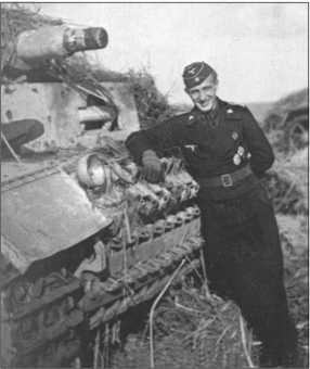 Лейтенант Йяммерат, командир взвода легких танков (1-я рота), в Богодухово он сдал на складТанки III-N. Танки III очень часто выходили из строя во время совместных действий с «Тиграми». Начиная с апреля 1943 года все три роты были полностью оснащены танками «Тигр».