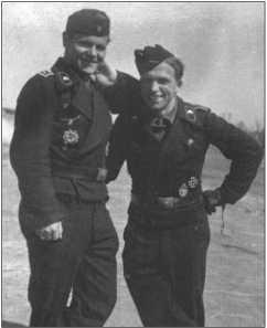 Два закадычных друга, Ханс Фендезак из Бреслау и Курт Книспель из Салисфельд-Цукмантель, на границе Силезии и Судет.