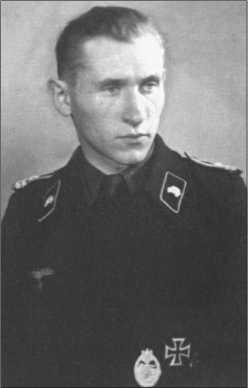 Альфред Руббель в звании фанен-юнкера-фельдфебеля и лейтенант в будущем был командиром танка в 1-й роте в 1943 и 1944военных годах и офицером-ординарцем в 1945 военном году в 503-м тяжелом танковом батальоне.