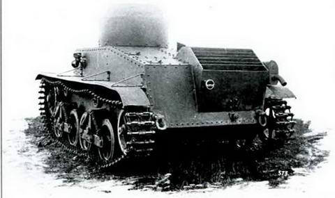 Мобилизационный танк Т-34. Вид на моторное отделение
