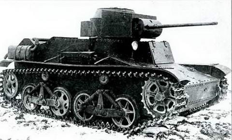Танк Т-34 с макетом пушечного вооружения