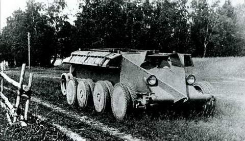 Испытания танка«Кристи»в СССР. Пробег на колесном ходу, 1931 г.