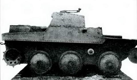 Тот же танк Т-43-1, вид сзади, 1934 г.