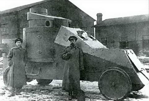 Бронеавтомобиль «Рено» забронирован по проекту штабс-капитана Мгеброва, 1916 г.