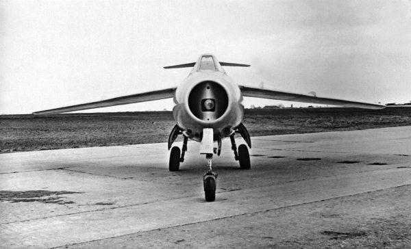 Соперник МиГ-15