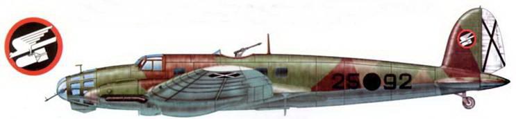 """Не-111E-1 (25-92), Kampfgruppe """"Legion Condor"""", Испания, 1937-1938 r.r. Верхние поверхности самолета камуфлированы темно-коричневой RLM-61, зеленой RLM-62 и серо-зеленой RLM-63 красками. Низ-светло-голубой (RLM-65)."""
