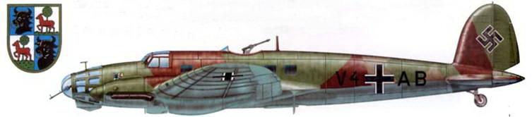 """Не-111Е-1 (V4+AB) – один из немногих ранних Не-111, оставшихся в составе люфтваффе к началу Второй мировой войны. В сентябре 1939 г. бомбардировщик в составе I/KG-1 """"Hindenburg"""" принимал участие в польской кампании."""
