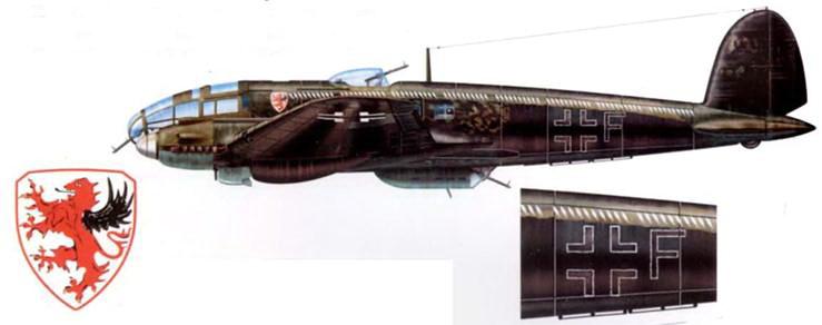 """Не-111Р-2 (F) из KG-55 """"Greif"""" Франция, конец 1940 г. Нижние и боковые поверхности самолета перекрашены в черный цвет. Вдоль борта фюзеляжа нанесены «рыбообразные» отметки о 80 боевых вылетах."""