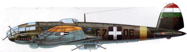 Не-111Р-6 (F.7+06) Королевских ВВС Венгрии, Восточный фронт, зима 1942-1943 г.г. Отметки на киле скорее всего обозначают сбитые экипажем советские истребители.