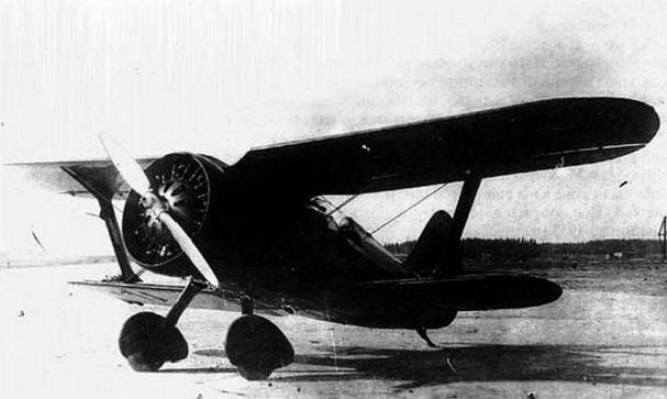 Истребитель И-15.