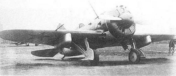 И-16 тип 29 без отдельного патрубка для маслорадиатора. 1941 г.