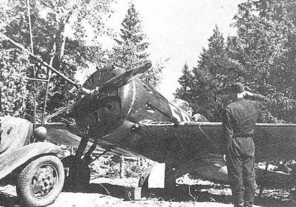 И-16 тип 17. запуск двигателя автостартером.