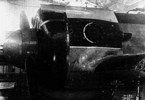 И-16 с М-62 и ТК-1 в цехе авиазавода № 156. Самолет переоборудован из тип 5 N* 521А477.