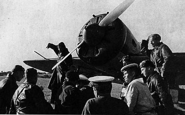 13 ОАЭ Балтийского флота, 1940 г. И-16 тип 10. (ЦГАКФД)