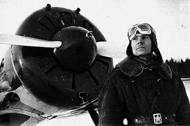 Ct. л-t ГСС Ф.И. Шинкаренко. период войны с Финляндией, зима 1939-40 гг. (ЦГАКФД)