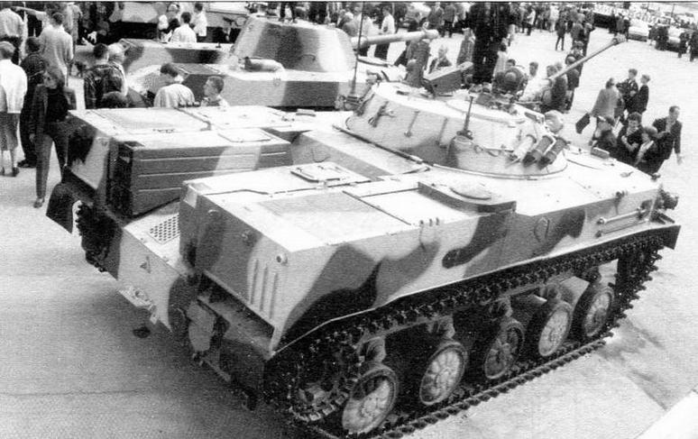 Несмотря на большие размеры, БМД-3 по компоновке не отличалась от своих предшественниц — БМД-1 и БМД-2