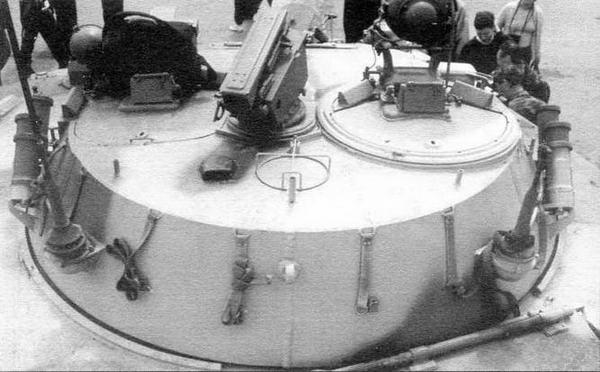 Башня БМД-3 и весь комплекс вооружения, установленный в ней, заимствованы у боевой машины пехоты БМП-2. По бортам башни установлены дымовые гранатометы системы 902В «Туча». В средней части крыши башни на шариковой опоре размещена ПУ комплекса «Конкурс», стрельба и заряжание которой осуществляются изнутри машины