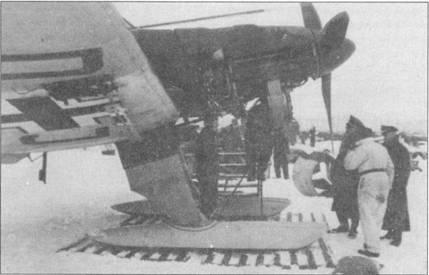 Конверсионный набор U-4 позволял смонтировать на самолетах Ju-87B-2 лыжи — логичное решение в условиях русской зимы. Однако, широкого распространения лыжи на «Штуках» не получили.