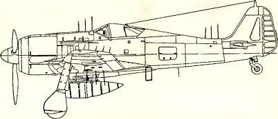 Рис.158. Антенны радара Fug 217 (штыревой вариант) на Fw 190A-6/R11. Антенны, показанные на левом крыле, фактически находятся на правом.