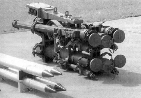 Транспортно-пусковые контейнеры ракет «воздух – воздух» и сами ракеты