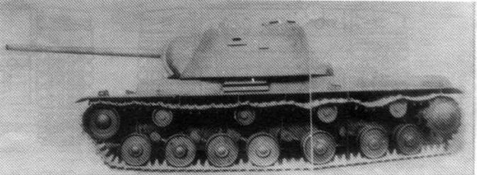 Деревянный макет танка КВ-3 (с пушкой ЗИС-6) в натуральную величину. Весна 1941 года