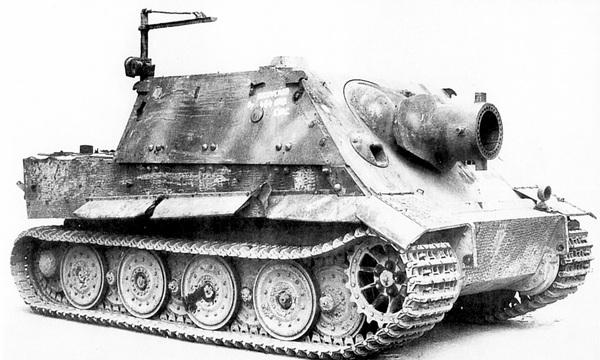 «Штурмтигр», захваченный английскими войсками в 1945 году и доставленный для испытаний в Великобританию.